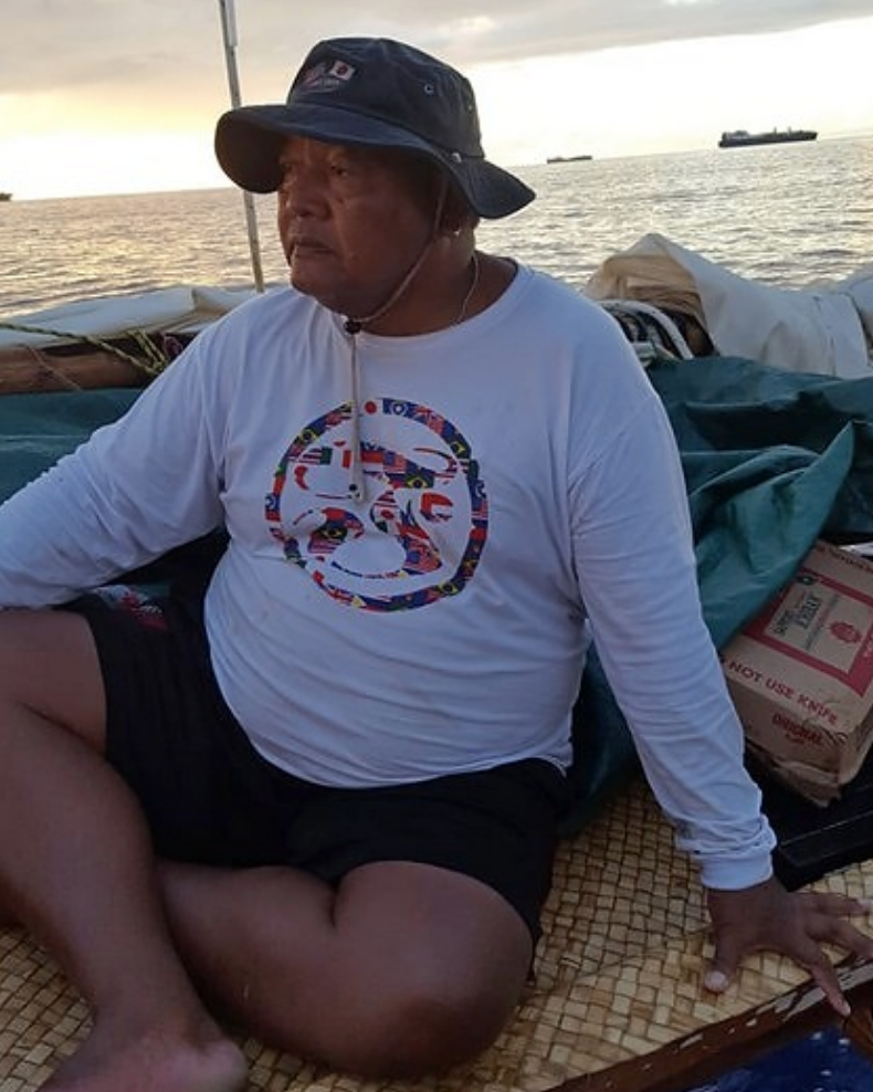 Master navigator leads canoe voyage. Article by: Marianas Variety